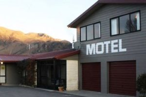 Statistics NZ: Tourists flock to motels