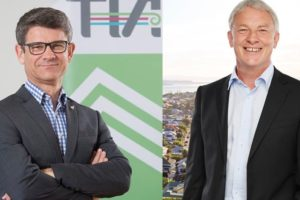 Chris Roberts v Phil Goff: We break the bout down