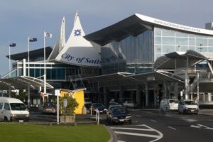 Auckland Airport seeks $1.2bn for Covid-19 recovery