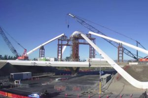 Two years in two minutes: Memorial Avenue airport bridge