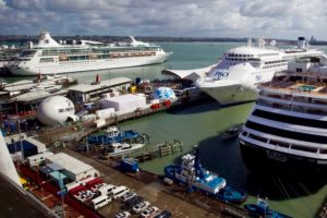 Customs ditches enroute processing for cruise passengers