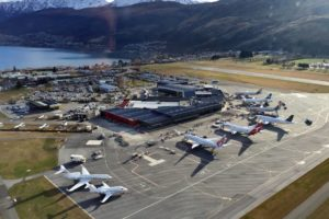 Queenstown Airport suspends international services