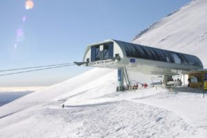 Tūroa chairlift out for season following avalanche