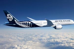 Air NZ signs multibillion-dollar Dreamliner contracts