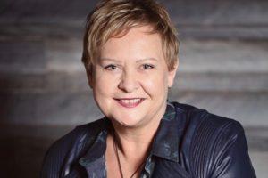 Watch: Akl Museum's Smith, Air NZ win at Diversity Awards