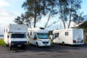 Kiwis divided over freedom campers – study