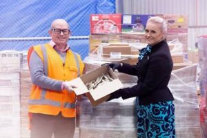 Air NZ donates surplus snacks to Mangere Food Bank