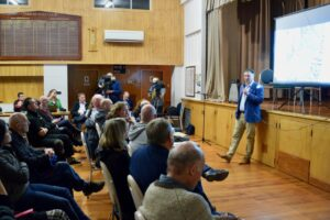 CIAL fronts Tarras community on airport proposal