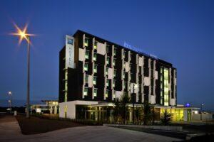 Ibis pushes $48 hotel rooms