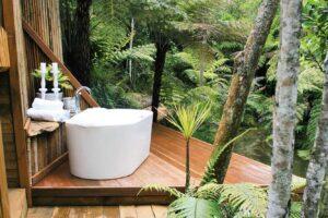 Auckland eco-retreat wins top B&B award