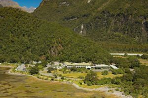 Ultimate Hikes: Milford Track accom still available
