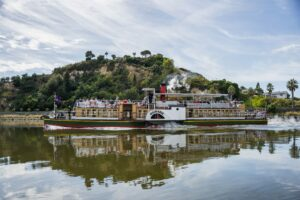 $10m centre mooted for Whanganui River living entity