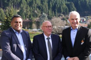 Ministers roll into Queenstown bearing visa changes, TIFs