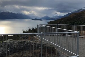 Queenstown gets new, safe lake lookout