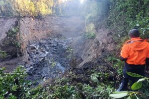 Mt Taranaki's Around the Mountain Circuit could close for months